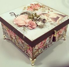 Discover thousands of images about J.M Box Decoupage Vintage, Decoupage Paper, Tube Carton, Cigar Box Crafts, Diy Recycling, Altered Cigar Boxes, Pretty Box, Jewellery Boxes, Popup