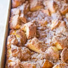 Easy French Toast Bake - Dinner, then Dessert Easy French Toast Bake with no overnight chilling and all your favorite French Toast flavors you can serve to your family or a large crowd. Perfect with warm maple syrup. Make Ahead Breakfast, Breakfast Bake, Breakfast Dishes, Breakfast Recipes, Breakfast Ideas, Brunch Ideas, Croissant Breakfast Casserole, Dinner Ideas, Mexican Breakfast