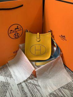 #Hermes Sale#Discount Hermes#Hermes Replica#Hermes Outlet#Hermes Outlet Online#Hermes Online Shop Hermes Bags, Hermes Birkin, H Belt Buckle, Hermes Orange, Hermes Online, Bracelet Sizes, Handmade Bags, Hermes Kelly, White Leather
