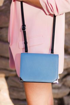 Zoom in the details <3  #pink #blazer #bag