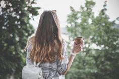 心の荷物を減らして幸せに。人生において諦めるべき6つのこと - Locari(ロカリ)