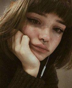 51 Ideas Drawing Sad Girl Beautiful For 2019 Aesthetic Makeup, Aesthetic Grunge, Aesthetic Girl, Gothic Aesthetic, Character Aesthetic, Aesthetic Clothes, Maquillage Normal, Pretty People, Beautiful People