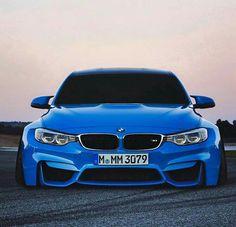 BMW F80 M3 blue slammed