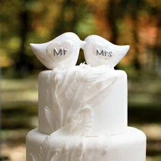 Porcelain Love Birds Cake Topper Keywords: #weddings #jevelweddingplanning Follow Us: www.jevelweddingplanning.com  www.facebook.com/jevelweddingplanning/