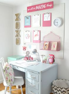 52 Best Of Craft Room Pegboard Ideas . 31 Pegboard Ideas for Your Craft Room Tsp Diy Ideas Kids Bedroom Organization, Organization Ideas, Girls Room Storage, Homework Organization, Playroom Ideas, Organizing Tips, Bedroom Storage, Diy Casa, New Room