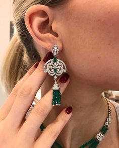 @houseofgarrard. A morning full of regal decadence and exceptional Emerald gemstones #Garrard #GarrardDahlia #Mayfair