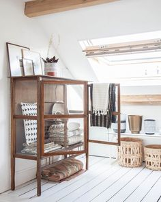 Taking inspiration from @holly_avenuelifestyle's beautiful studio in Delft, Holland on the blog today. #studio #workspace #glasscabinet