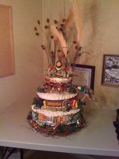 Hunting duck & deer diaper cake!......add some orange & take off 1 duck