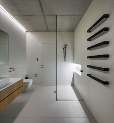 Image 9 of 25 from gallery of Glebe House / Nobbs Radford Architects. Courtesy of Nobbs Radford Architects Arch Interior, Bathroom Interior, Home Interior, Wooden Staircase Design, Wooden Staircases, Cabinet D Architecture, Interior Architecture, Bad Inspiration, Bathroom Inspiration