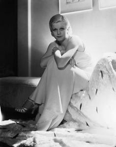 1931: American film star Jean Harlow (1911 - 1937), the blonde bombshell who died tragically young of acute nephritis. (Photo by George Hurrell) | by Scene it, Play it