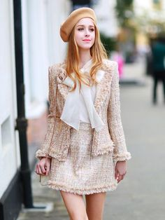Tweed fabric looks Girly Outfits, Mode Outfits, Classy Outfits, Skirt Outfits, Fashion Outfits, Womens Fashion, Cute Preppy Outfits, Look Fashion, Korean Fashion