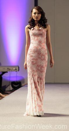Andres Aquino 꾸뛰르 패션위크 뉴욕 봄컬렉션 2013 #패션위크#패션#꾸뛰르#Andres Aquino#스타일#여자#모던디자이너#모델#드레스#패션쇼#뉴욕