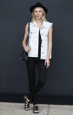 Colete jeans: como usar a peça 80