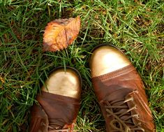 Golden Tip Combat Boots-18 Crafty DIY Boot Makeovers