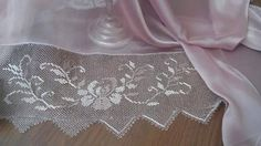 This Pin was discovered by TC Needle Lace, Needle And Thread, Lace Shorts, Knots, Needlework, Knitting, Crochet, Creative, Handmade