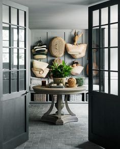 Chyka Keebaugh's leafy Mornington Peninsula weekender This is the nexus point between garage and library, with an adjacent laundry. Table, Restoration Hardware (US). Bluestone Pavers, French Dining Tables, White Interior Design, French Interior, Interior Paint, Retro Stil, Australian Homes, Küchen Design, Foyer Design