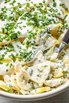 Sałatka grillowa (4 składniki) - Wilkuchnia Vegetarian Recipes, Snack Recipes, Cooking Recipes, Snacks, Salad Dishes, Salads, Polish Recipes, Finger Foods, Food Inspiration