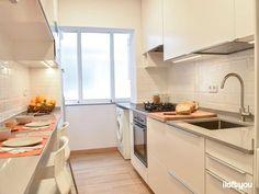 i loft you – Interior Design Industrial Kitchen Design, Eclectic Kitchen, Kitchen Room Design, Contemporary Kitchen Design, Kitchen Interior, Narrow Kitchen, Ikea Kitchen, Kitchen Decor, Galley Kitchens