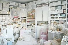 amazing craft room organization and styling