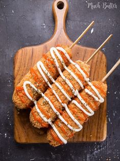 Appetizers For Party, Appetizer Recipes, Snack Recipes, Sausage On A Stick, Corndog Recipe, Beef Curry, Sausage Rolls, Corn Dogs, Aesthetic Food