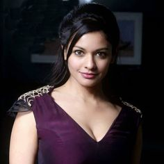 Pooja Kumar who was seen in back to back movies with Kamal Haasan in Vishwaroopam and Uttama Villain is reported to have bagged a Hollywood biggie. She will be sharing the screen space with Vince Vaughn in an action thriller titled as 'Brawl In Cell Block 99'. However she is not the leading character in the film.  Jennifer Carpenter of Dexter fame will be seen as Vince's lovelady in the film while Pooja Kumar has a pivotal role in this flick. It is notable that this is not the Hollywood…