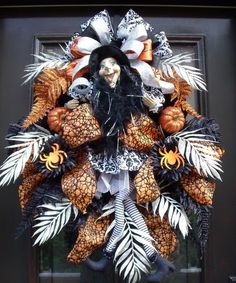 Elegant Halloween Wreath Witch