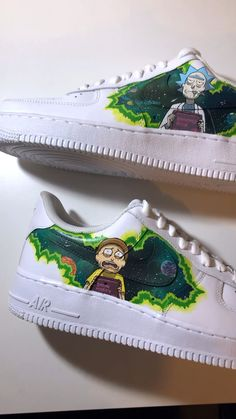 Rick and Morty 💥 - zapatos pintados - Schuhe Custom Vans Shoes, Custom Painted Shoes, Painted Jeans, Painted Clothes, Rick And Morty Shoes, Ricky Y Morty, Rick Und Morty, Custom Af1, Nike Shoes Air Force