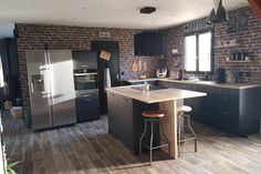 Black Kitchens, Home Kitchens, Kitchen Remodel, New Homes, Architecture, Table, House, Furniture, Parents