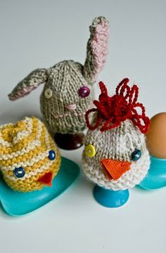 easter chicks free knitting pattern | egg cosies