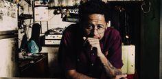 Emicida seleciona artistas locais para aumentar movimento em bares