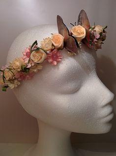 Modelo Iris plateado #diadema #corona #tocado #evento #boda #comunion #novia #invitada #flores #moda #diademadeflores #coronadeflores #complementos #peinado #artesanía #manualidades#lamoradadenoa