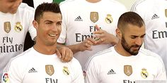 "Cristiano Ronaldo y Karim Benzema GIF -Real Madrid. madridistaforever: "" 2015/16 Official team photos """