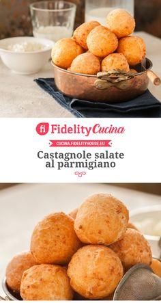 Castagnole salate al parmigiano Yummy Treats, Yummy Food, Tasty, Happiness Recipe, Carnival Food, Vegetarian Recipes, Cooking Recipes, Eastern Cuisine, Romanian Food