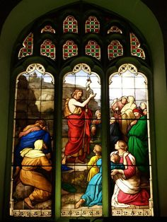 Description: Cambridge, England: Peterhouse: chapel stained glass window, Sermon on the Mount (1850s, overall design by Max Emanuel Ainmiller, figures largely work of Claudius Schraudolph and Heinrich von Hess, Royal School of Glass Painting, Munich)