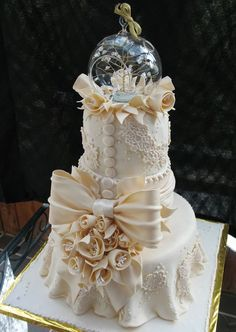 Ivory+Lace+Wedding+Cake   visit flickr com