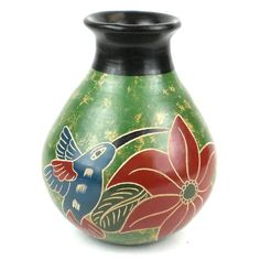 5 inch Tall Vase - Green Bird - Esperanza en Accion This decorative vase from Nicaragua is 5 inches tall and 4 inches in diameter, featuring a bird design. This is low fired and not designed to hold water. Tropical Birds, Tall Vases, Bird Design, Pottery Vase, Vases Decor, Ceramic Vase, Clay Vase, Handmade Pottery, Flower Vases