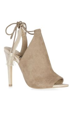 Chaussures taupe à talons avec pampilles