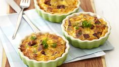 CRUSTLESS CORNED BEEF AND CHEESE TART - This meal is ideal for the kids and with most of the ingredients being pantry items including the tin of corned beef, you can toss it together at the last minute. Cheese Tarts, Grated Cheese, Corned Beef, Pie Plate, Light Recipes, Coriander, Tasty Dishes, Beef Recipes, Pantry