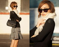 pretty look. and there's a contest giveaway at this website for the Westward Leaning sunnies, vintage scarf and Chanel bag.  You just give her a comment in the comment box and you have a chance.