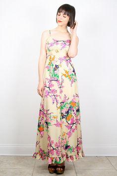 Vintage Hippie Dress 1970s Dress Maxi Dress 70s Dress Tan Beige Floral Print Ruffle Hem Hippie Maxi Dress Sundress Empire Waist S M Medium by ShopTwitchVintage #1970s #70s #floral #maxi #ruffle #wedding #sundress #dress #etsy #vintage