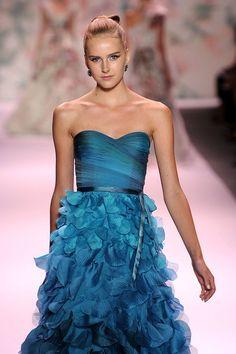 17f32320757280 Monique Lhuillier Fashion Games