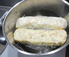 Nejlepší karlovarský knedlík Cheese, Ethnic Recipes, Food, Meals, Yemek, Eten