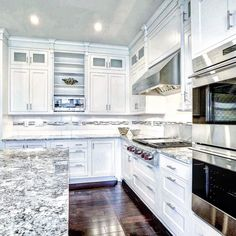 You cannot go wrong with a white kitchen For Sale: 10827 Symphony Park Dr Listed by @margiehalemgroup 301.775.4196 #bethesdagatewaylistings #homesforsale #realestate #milliondollarlisting #maryland #northbethesda