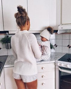 y little helper is trying to make some breakfast Kisses from us and happy Friday darlings ❤️️#momlife #mommyandme #loveyou #babies