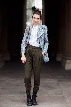 (via Vanessa Jackman: Paris Fashion Week SS 2012…Magda)