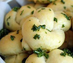 (Garlic Bread Rolls)  Yummm..