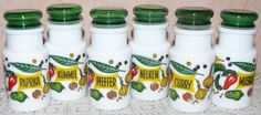 Kult, 6 Gewürzbehälter / Gewürzgläser, Milchglas, 70er,  GDR