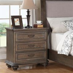 Riverside Furniture – Belmeade Three Drawer Nighstand