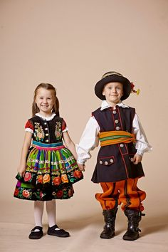 łowicz posts - Polish Folk Costumes
