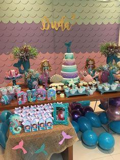Festa Sereia Happy Birthday Baby Girl, Birthday Wishes Funny, Mermaid Birthday, Dinner Party Decorations, Party Themes, Ideas Party, 6th Birthday Parties, Birthday Diy, Ariel Bebe
